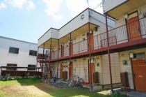 コーポ坂田B.C.D棟の外観写真