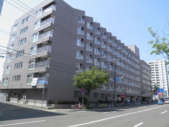 平岸パークマンションの外観写真