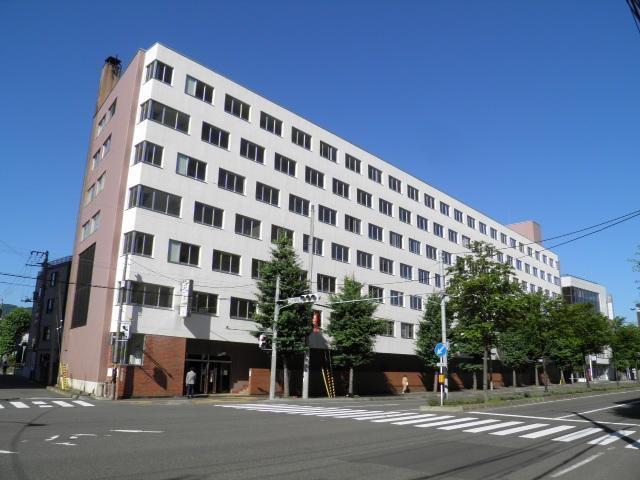 二十四軒パークマンションの外観写真