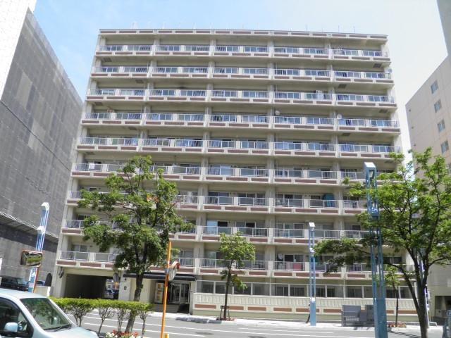 幌平橋ハイホームの外観写真