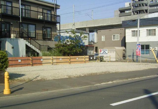 新川5条2丁目パーキングの外観写真
