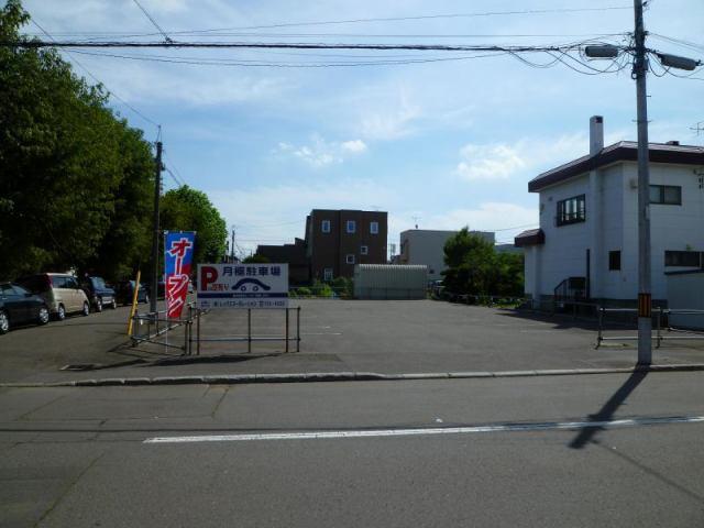 北24東6パーキングの外観写真