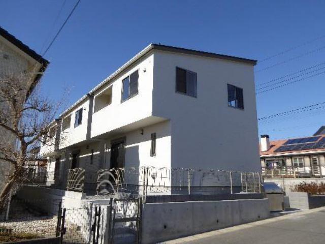 平成27年1月築のタウンハウスです。