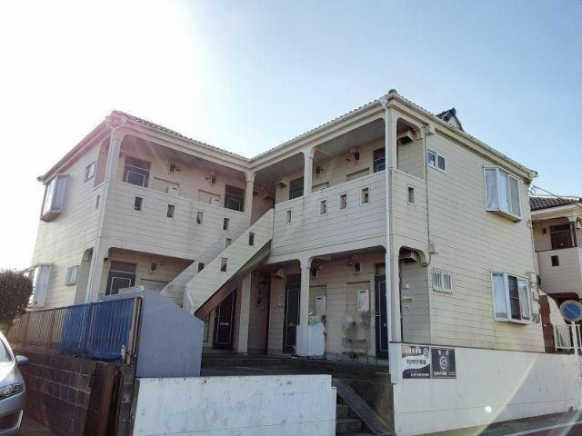 平成4年築の木造アパートです。