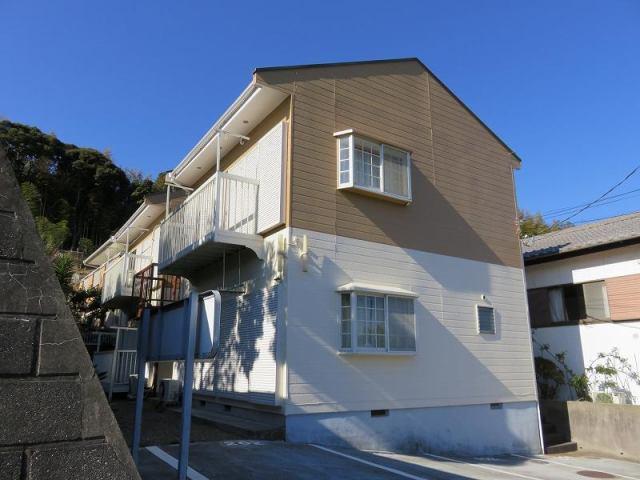 平成元年11月築のアパートです。