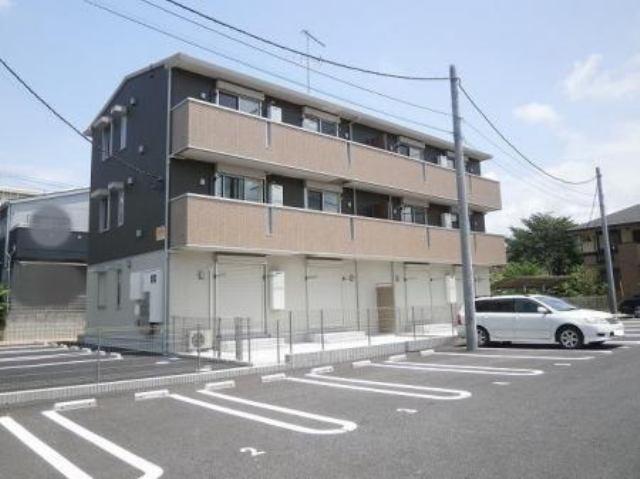 2014年6月築のアパートです。