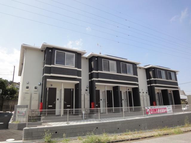 2017年8月完成の2階建てアパートです。
