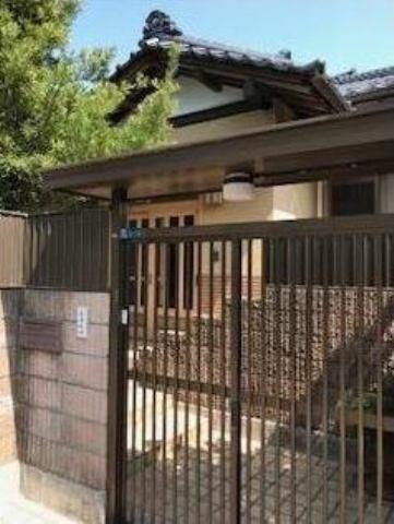 2001年7月築、専用庭付の3LDK平屋一戸建てです!