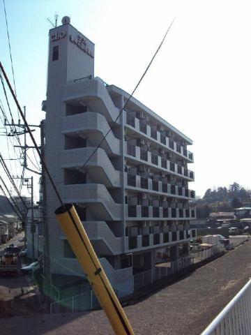 クリオ愛甲石田壱番館の外観写真