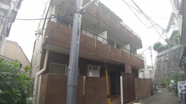 クレドハウス新宿の外観写真