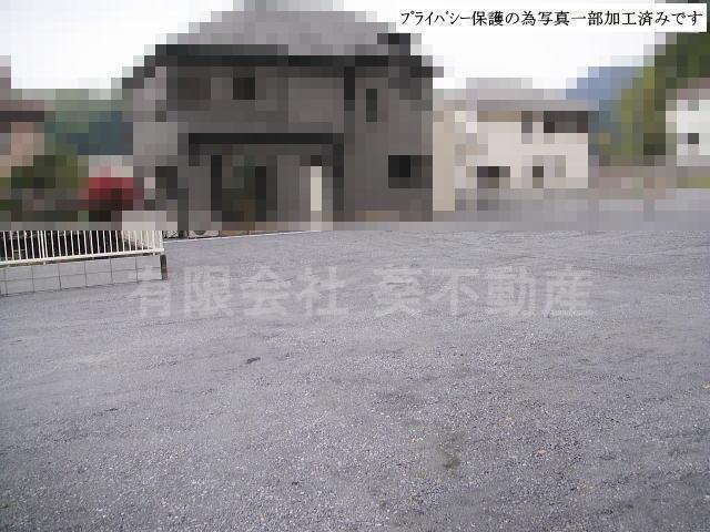 下恩方町駐車場・【 30 】の外観写真