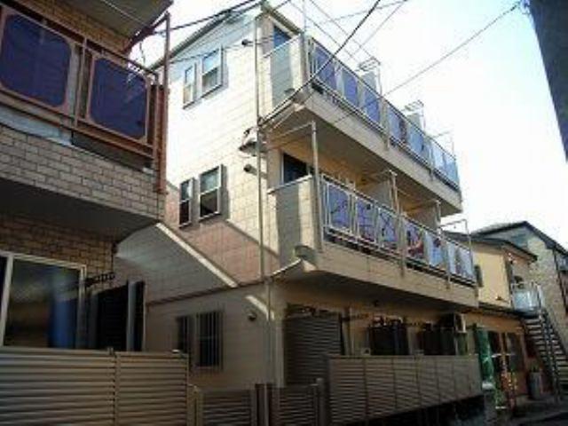 八丁畷アパートA棟の外観写真
