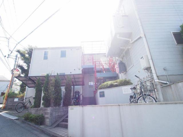 成城グリーンテラス2番館の外観写真