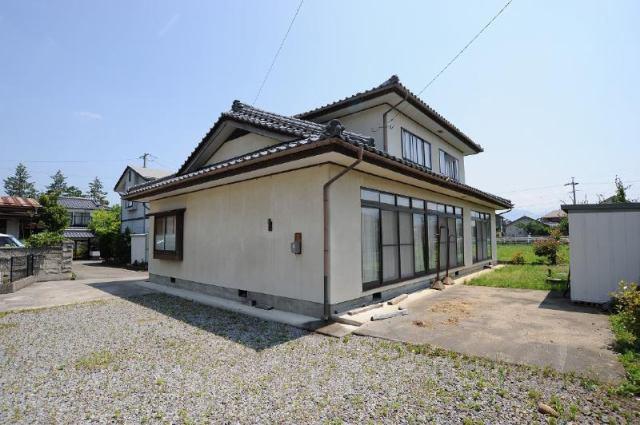 篠ノ井布施五明 中古住宅の外観写真