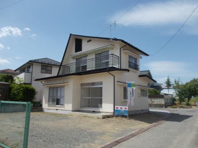 岡田松岡 中古住宅の外観写真