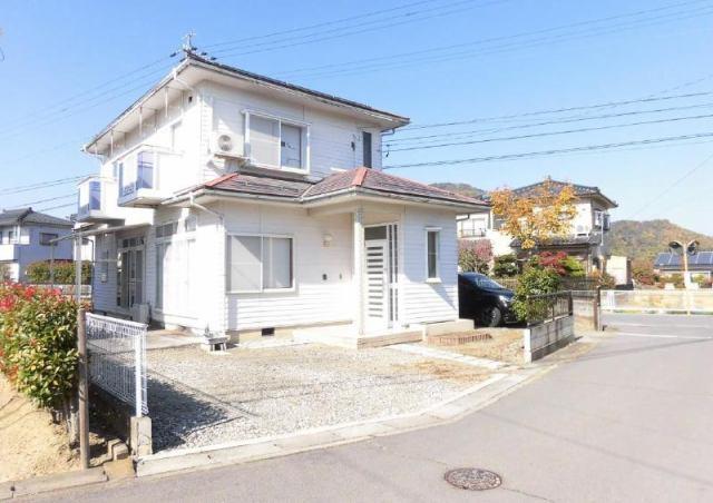 上田市吉田 中古住宅の外観写真