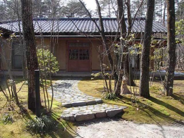 元料亭 純和風邸宅の外観写真