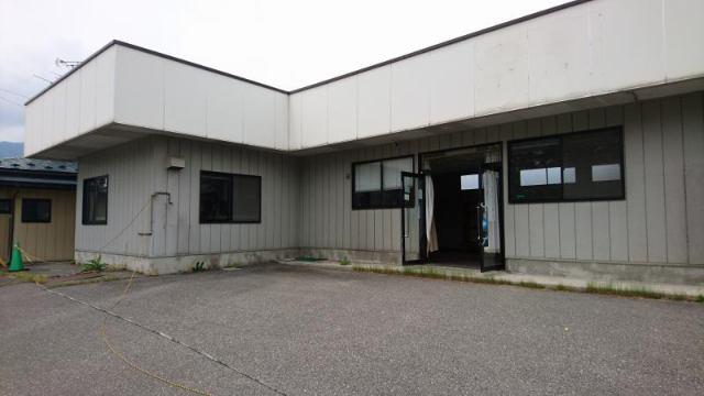 大原町 オリンピック道路沿い 店舗の外観写真