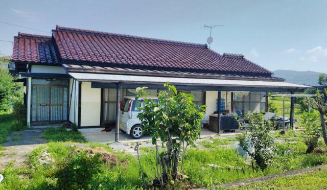 松川村大門交差点近く 菜園スペース付平屋住宅の外観写真