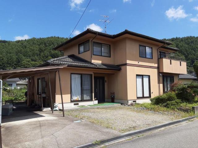 大町市山田町 中古住宅の外観写真