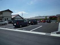 053鵜沼南町駐車場
