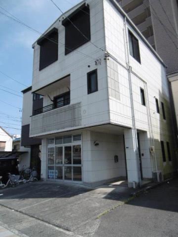 伊藤浩徳様テナント・貸家の外観写真