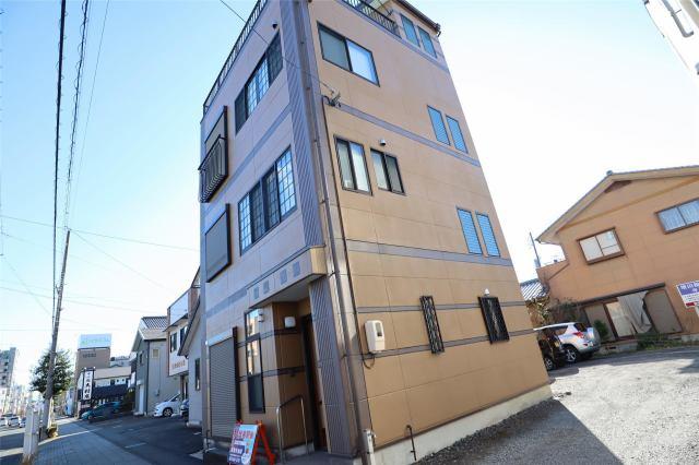 横山良郎貸家の外観写真