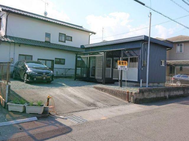 富田テナントの外観写真