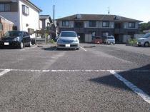 パルティール駐車場