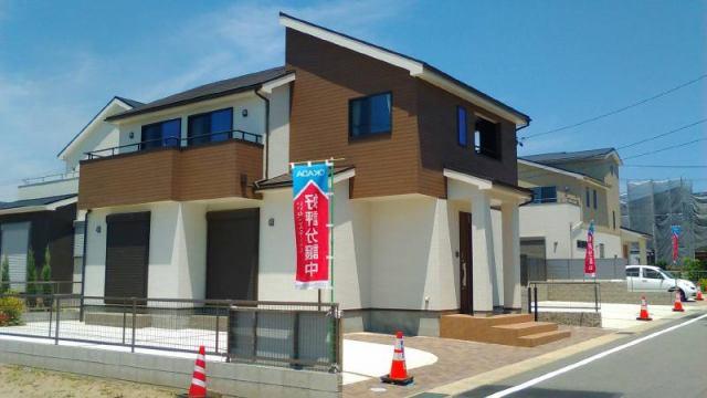 愛知県蒲郡市中部土地区画整理2号棟の外観写真