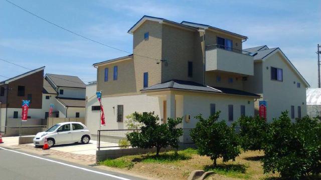 愛知県蒲郡市中部土地区画整理 3号棟の外観写真