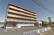 5階建てのマンションです