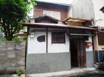 太秦安井北御所町の外観写真