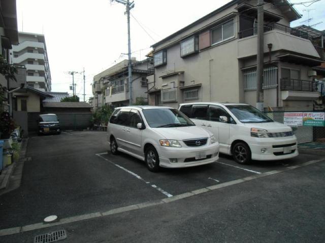 駐車台数5台の駐車場です。