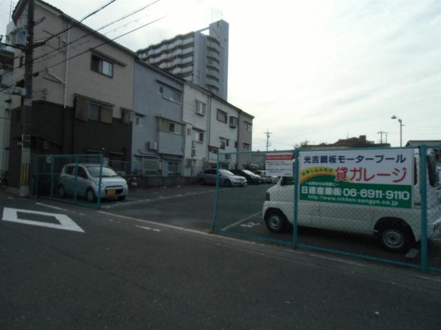 駐車台数46台の駐車場です。