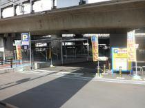 沢良宜月極駐車場の外観写真