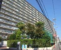 14階建てのマンションです!!
