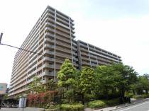イーズ大阪の外観写真