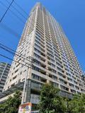 ビオール大阪大手前タワーの外観写真