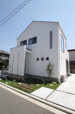 建物プラン例です。1邸1気持ちを込めて設計致します。