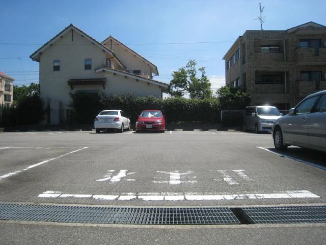 堀古駐車場の外観写真