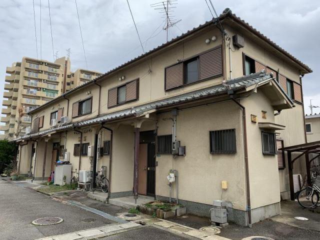 阪上雅行貸家 南棟の外観写真