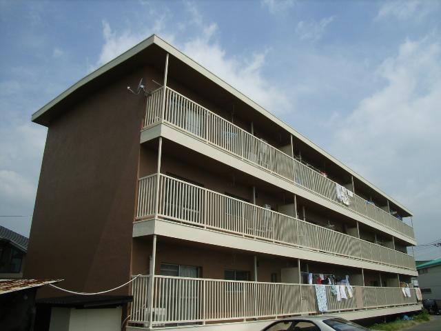 新倉敷マンションBの外観写真