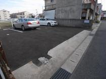 岩根駐車場の外観写真