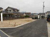 計7区画の新しく整備されたニュータウン