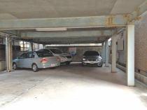 海岸1丁目T月極駐車場