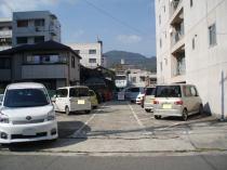 駐車スペースは斜めに切ってあるので入庫しやすい