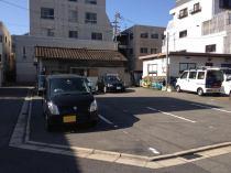 角地進入口が2か所で駐車しやすいです。