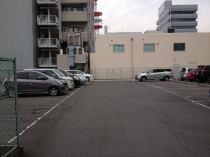 駐車場はゆったり駐車できます