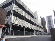 自走式の立体駐車場です